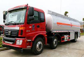 欧曼小三轴22吨油罐车