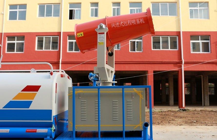 东风5吨农药喷洒车雾炮机组图片