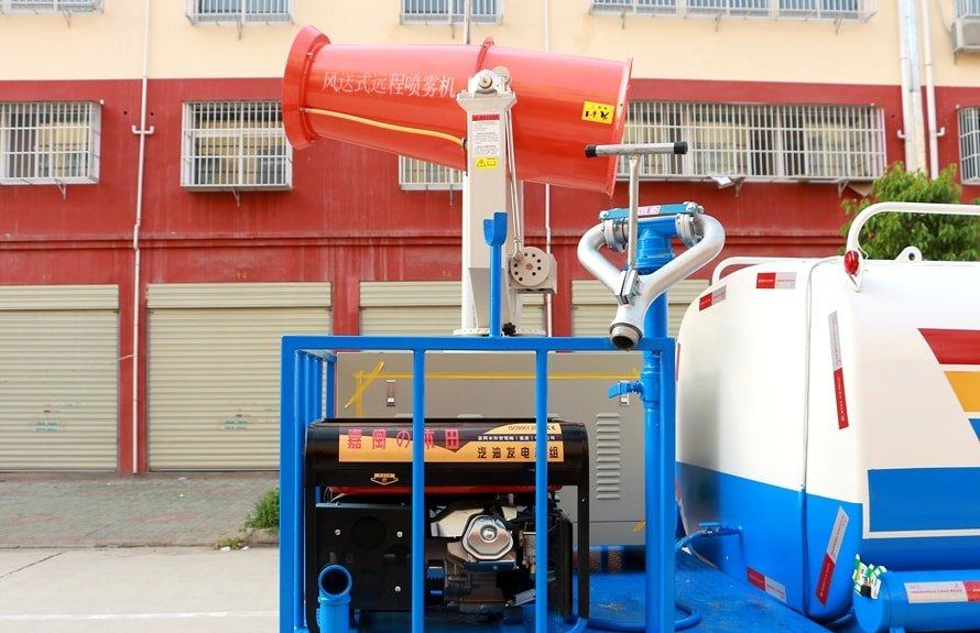 东风5吨农药喷洒车柴油发电机图片