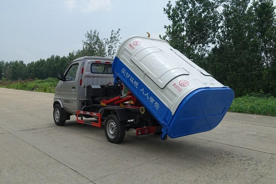 长安3方勾臂式垃圾车整车外观3