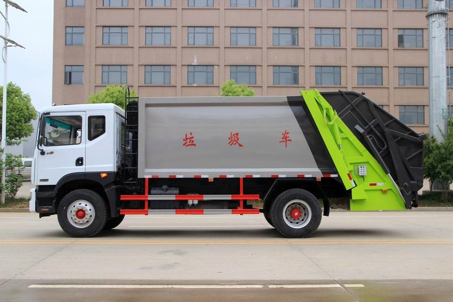 东风12方压缩式垃圾车整车外观2