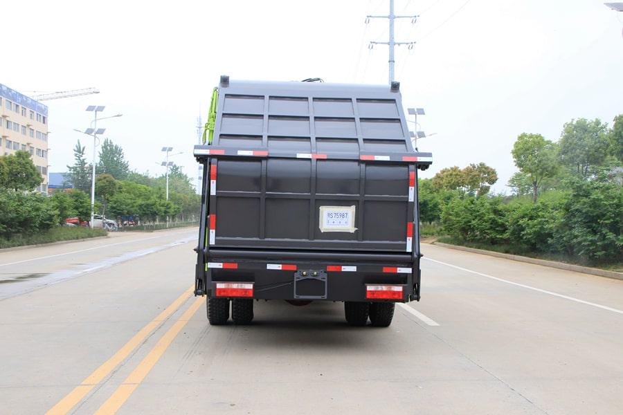 东风12方压缩式垃圾车整车外观4