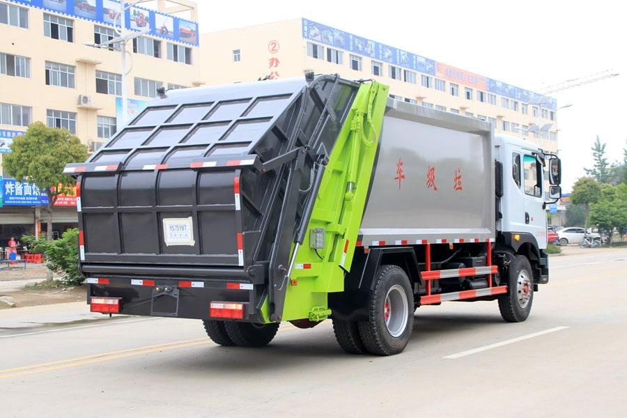 东风12方压缩式垃圾车整车外观5