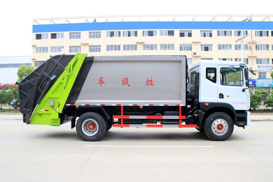 东风12方压缩式垃圾车整车外观6