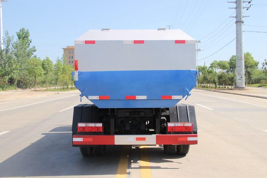 东风5方挂桶式垃圾车整车外观4