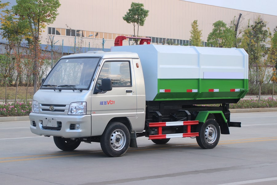 福田3方挂桶式垃圾车整车外观1
