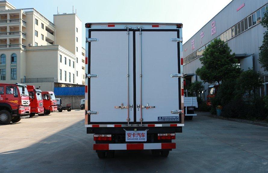 江淮帅铃4.2米冷藏车正后图片
