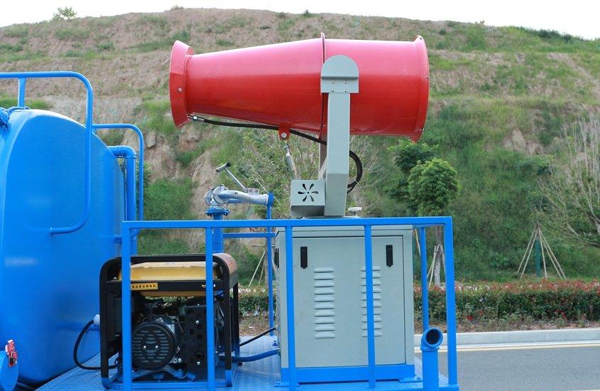 东风御虎11吨雾炮车风机机组图片