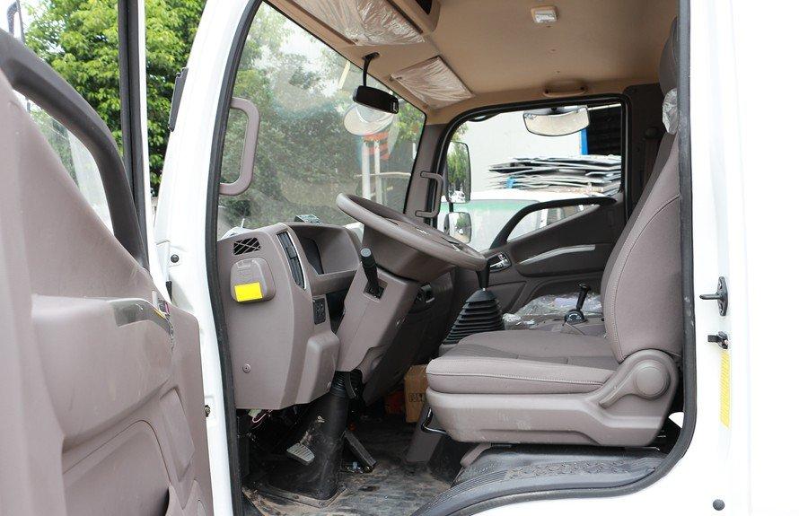 福田欧马可3s冷藏车驾驶室图片