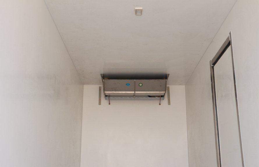 东风多利卡D9-6.8米冷藏车蒸发器图片