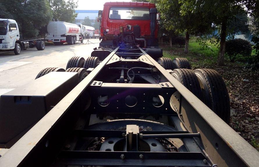 东风12吨随车吊专用大梁图片