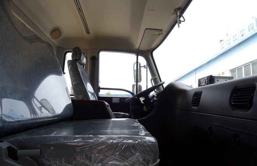 徐工10吨随车吊副驾驶室图片