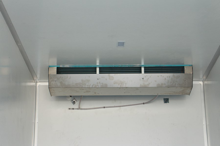 东风天锦7.7/8.6米冷藏车蒸发器