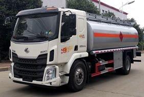 东风柳汽12吨油罐车