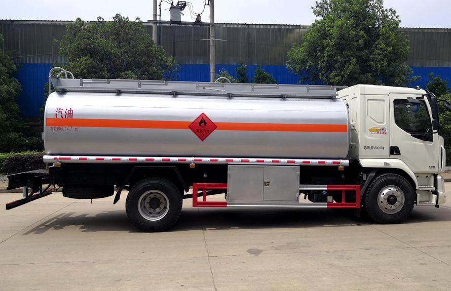东风柳汽12吨油罐车右正侧图片