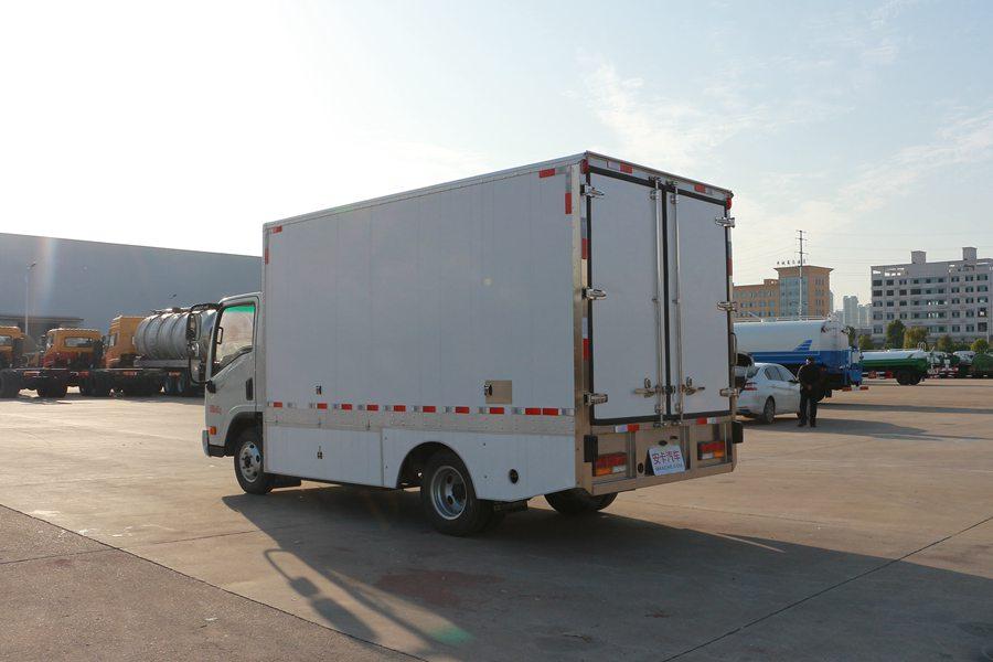 大运4.2米纯电动冷藏车斜后1图片