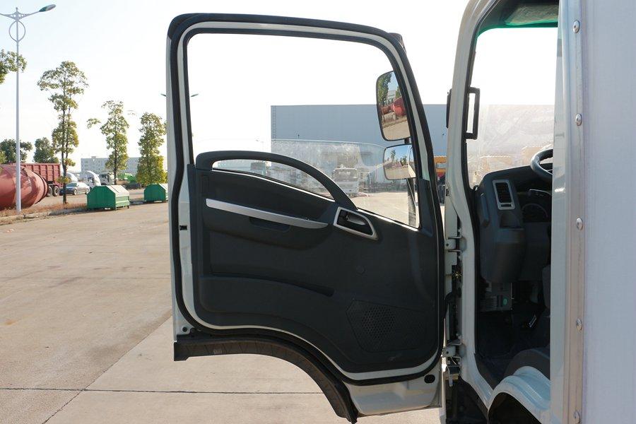 大运4.2米纯电动冷藏车电动门窗图片