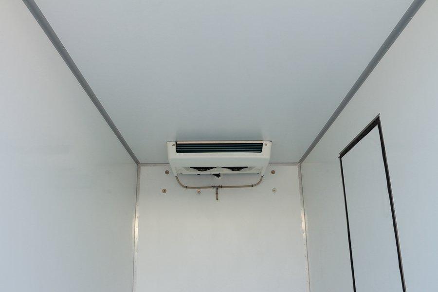 大运4.2米纯电动冷藏车蒸发器图片