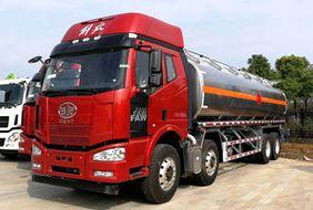 解放23吨铝合金油罐车