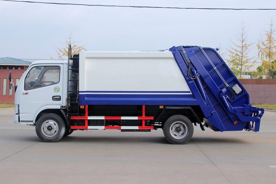 东风3吨压缩式垃圾车图片(车头向左正侧)