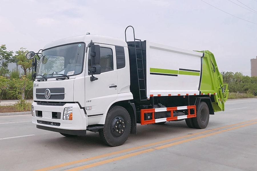 东风8吨压缩垃圾车图片(车头向左前45度)