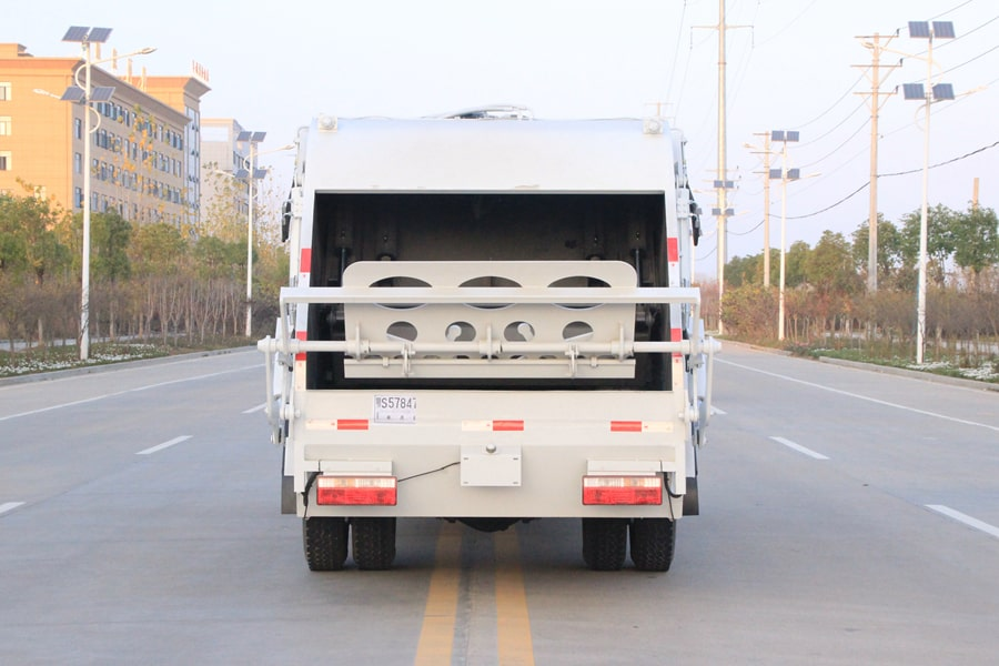 江淮5吨压缩垃圾车图片(正后)