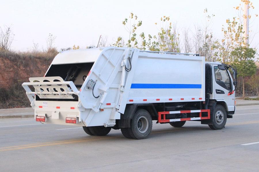江淮5吨压缩垃圾车图片(车头向右后45度)