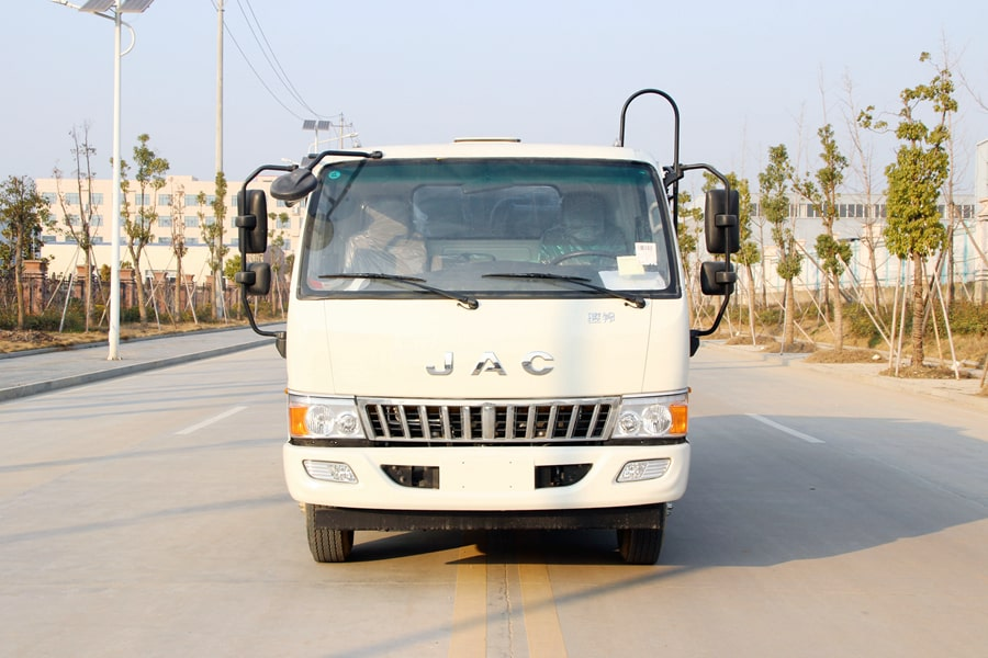 江淮5吨压缩垃圾车图片(正前)
