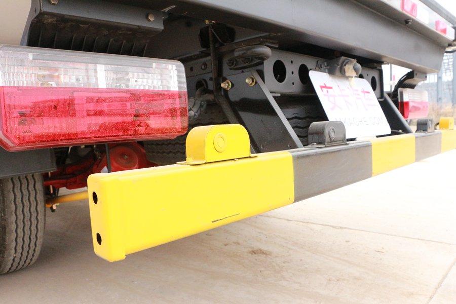 东风凯普特4.2米冷藏车倒车雷达图片