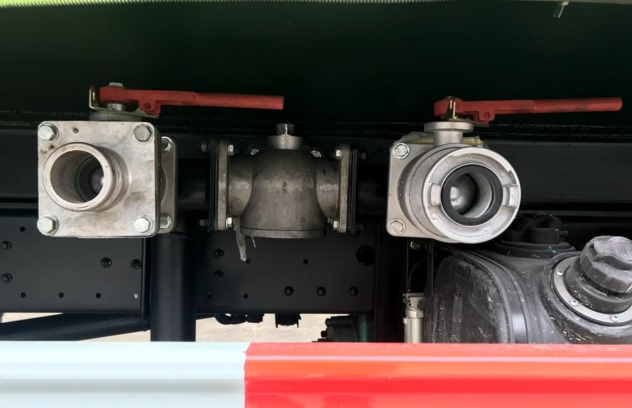 福田瑞沃12吨洒水车上装图片B
