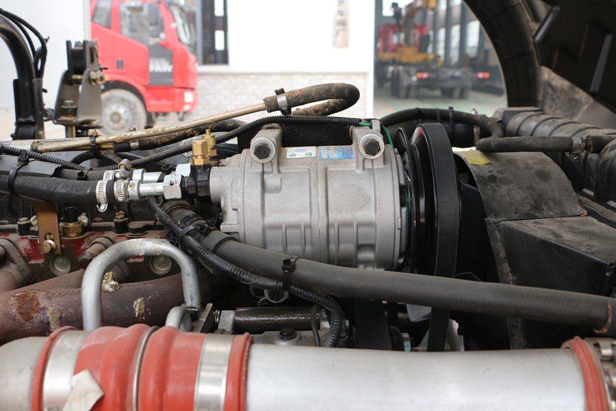 福田瑞沃6.8/7.6米冷藏车压缩机图片