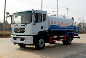 东风D9 12吨喷雾洒水车