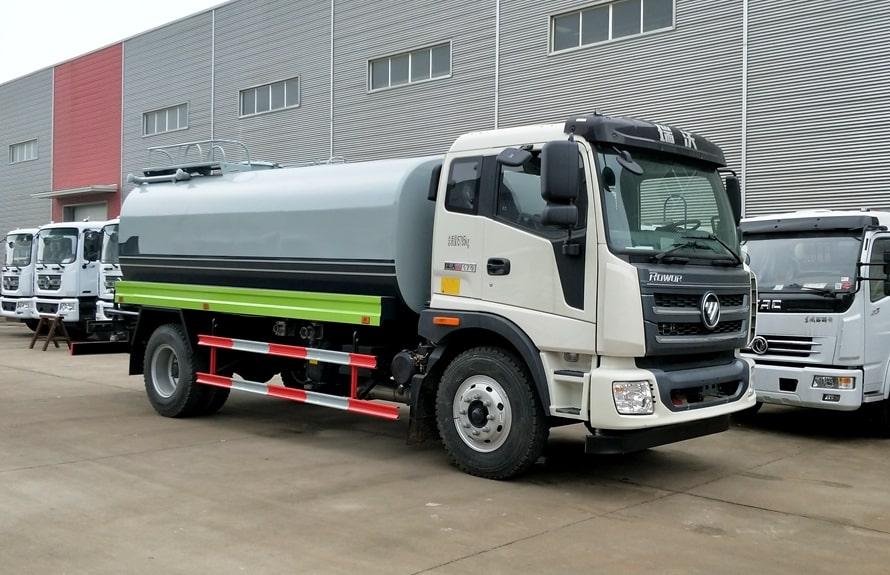 福田瑞沃12吨整车洒水车图片