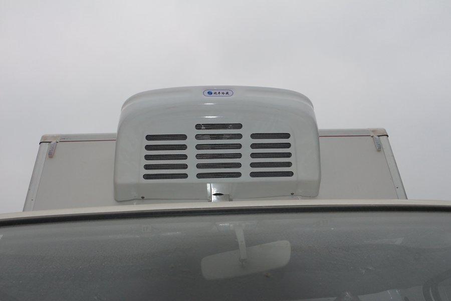 江铃顺达宽体4.2米冷藏车冷机冷凝器图片